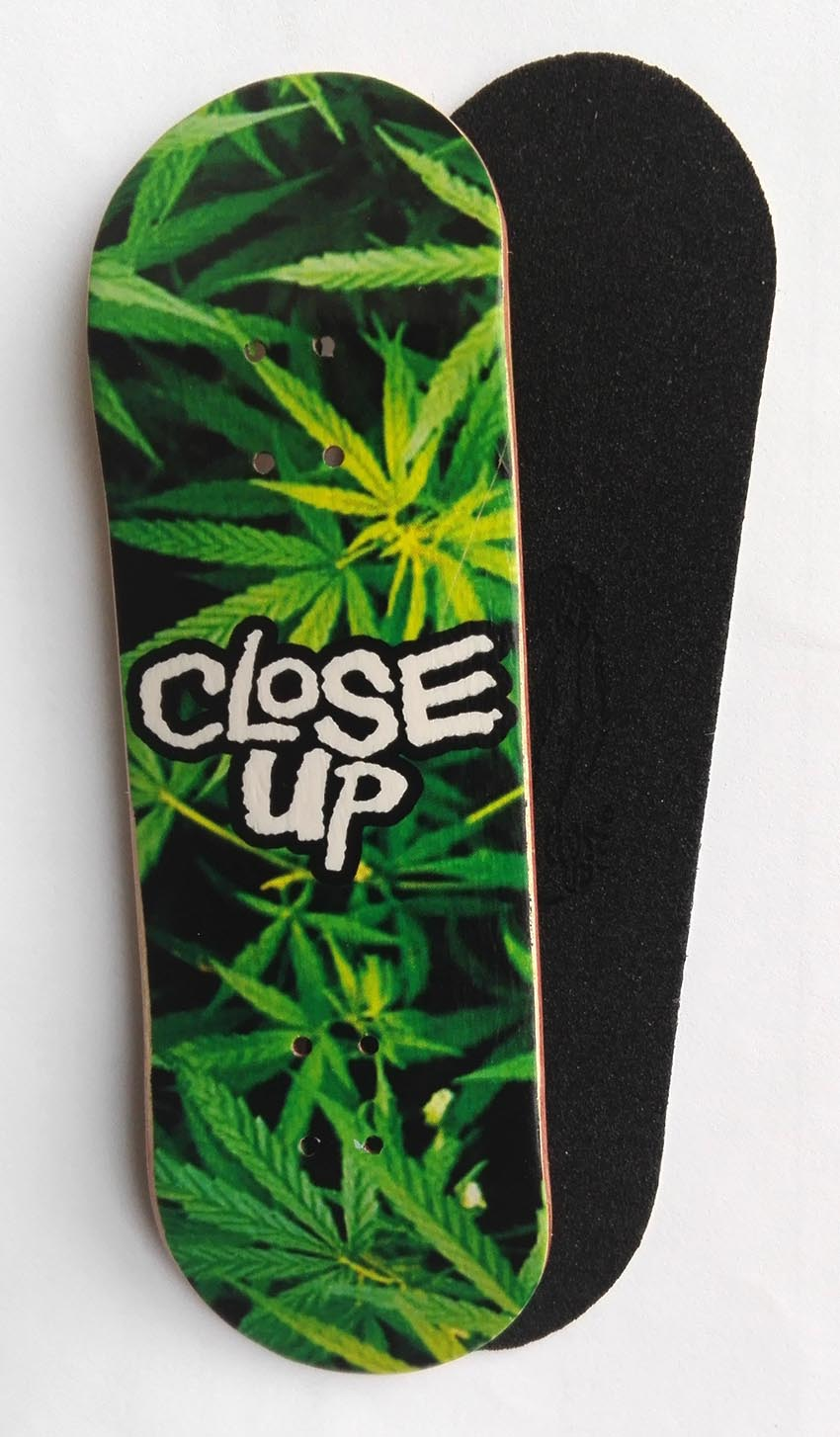 BOARD CLOSE UP FULL LEAVES 31MM MEDIUM CONCAVE + RIPTAPE