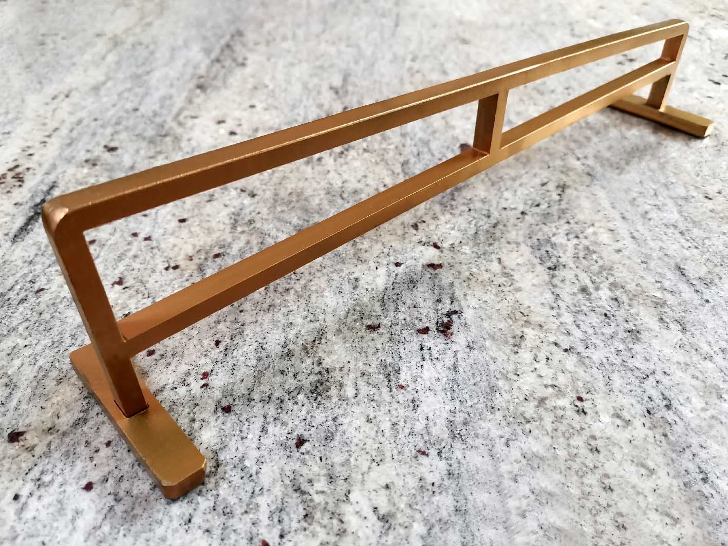 YELLOWOOD GOLD UP RAIL – 25,00€ ($29,50 USD)